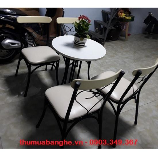 Bộ bàn ghế cafe sân vườn thanh lý